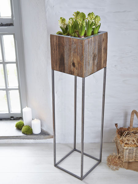 tall reclaimed wood planter. Black Bedroom Furniture Sets. Home Design Ideas