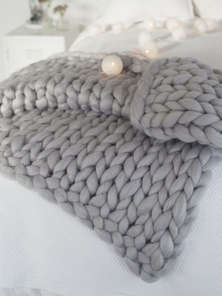 Super Chunky Grey Knit Blanket | Chunky Grey Knitted Blanket