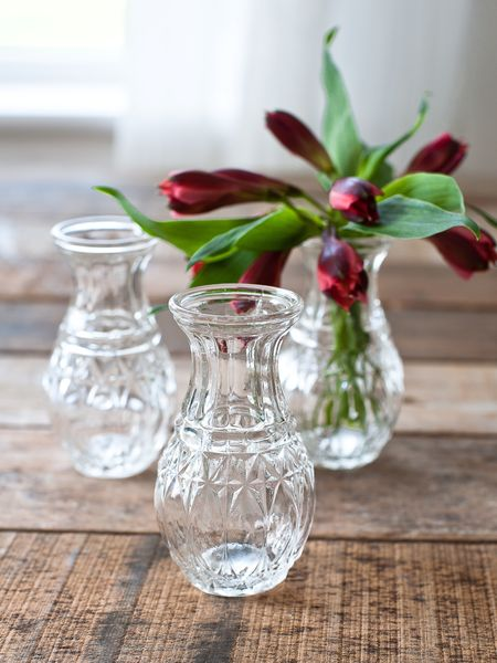 Whether you're looking for small glass vases or large glass vases, we have them available at wholesale prices. Our wholesale options help event planners, interior designers, restaurant owners and more get the vases they need in the most cost-efficient way.