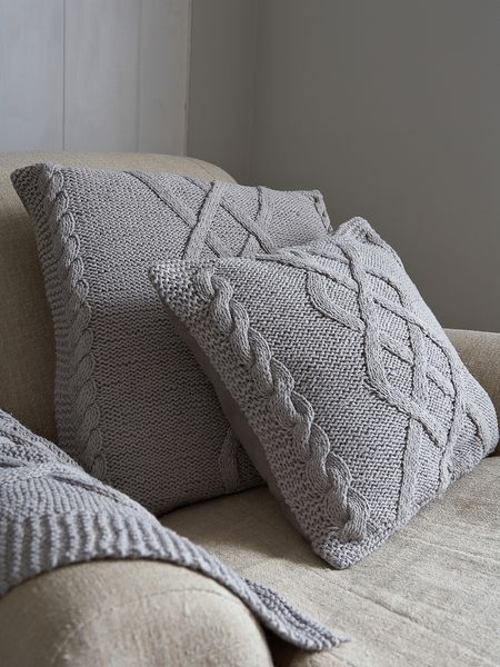 Cable Knit Cushion - Scandinavian Grey