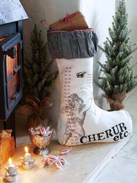 linen-christmas-stocking_Nordic_House