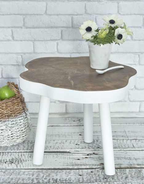 nordic-house-tree-table
