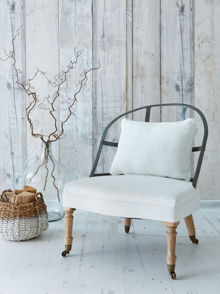 upholstered_chair_nordic_house