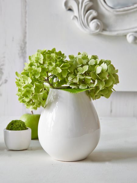 white mini vase nordic house