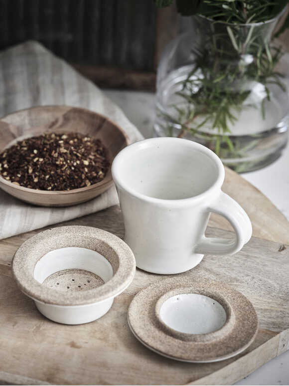 Dillie Chai Cup and Strainer Set