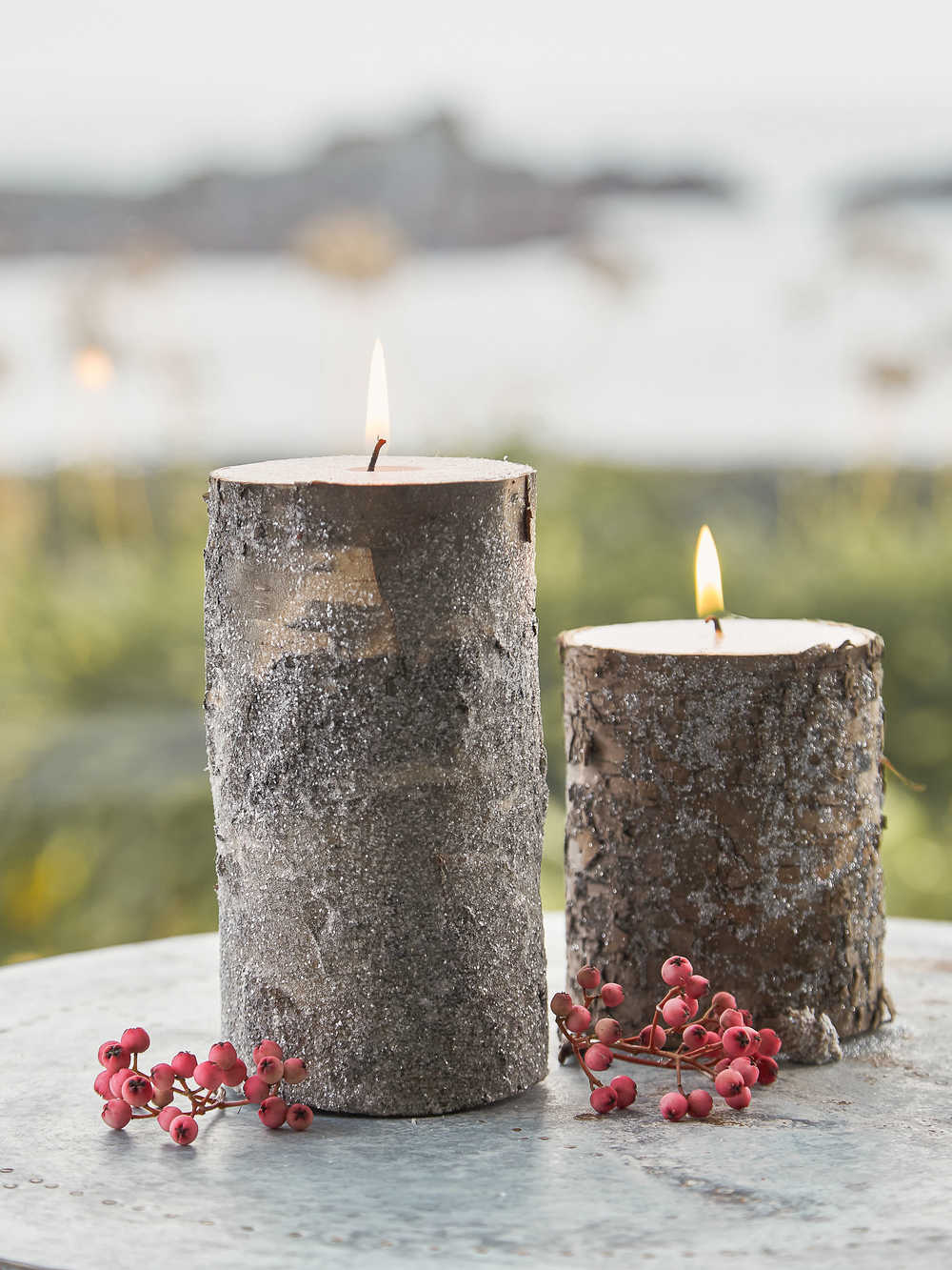 Birch Candles With Glitter Pillar Candle With Birch Bark